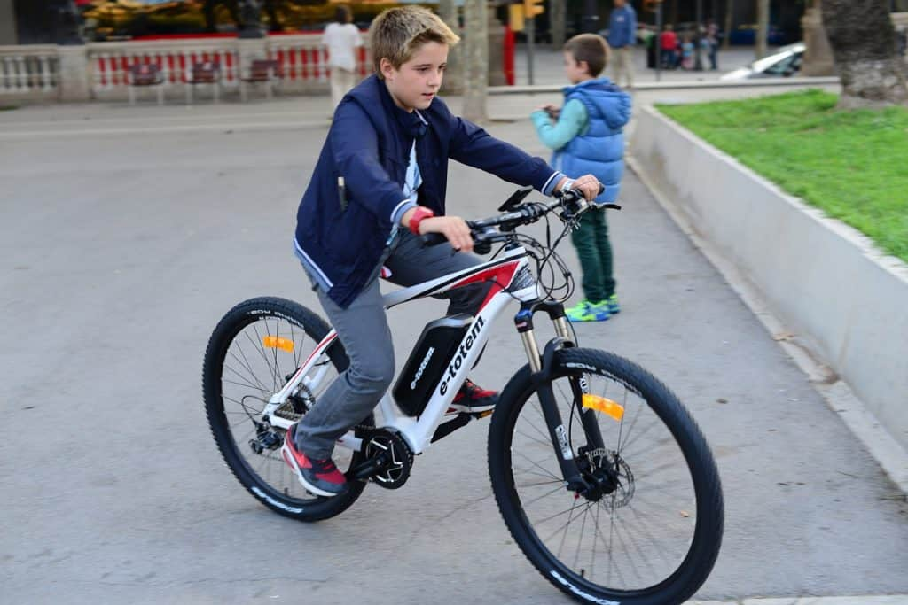 Easy E-Biking - boy riding e-bike for kids, helping to make electric biking practical and fun