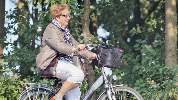 Easy E-Biking - Electric Bikes Could Provide Old People with Brain Boost