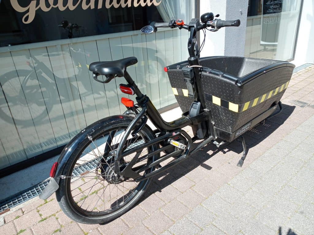 Easy E-Biking - cargo e-bike with basket, helping to make electric biking practical and fun