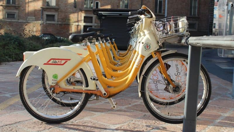 Easy E-Biking - Asian e-bike rental service, helping to make electric biking practical and fun