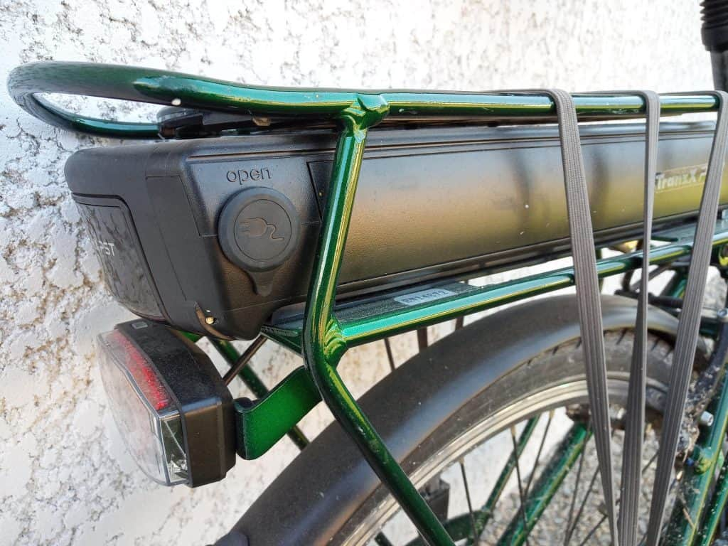 Easy E-Biking - city e-bike battery, helping to make electric biking practical and fun