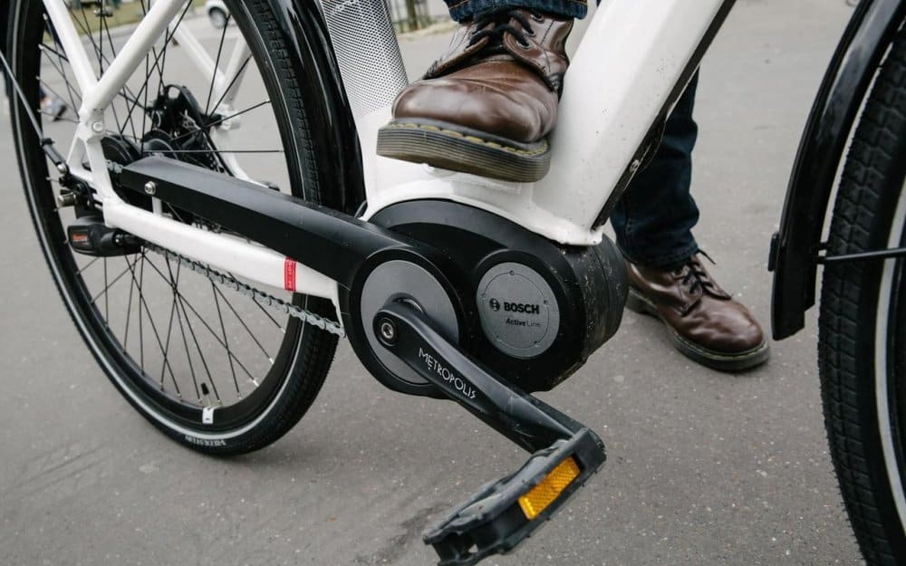 Easy E-Biking - e-bike middle Bosch motor, helping to make electric biking practical and fun