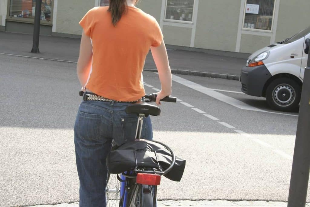 Easy E-Biking - sore bottom on e-bike, helping to make electric biking practical and fun