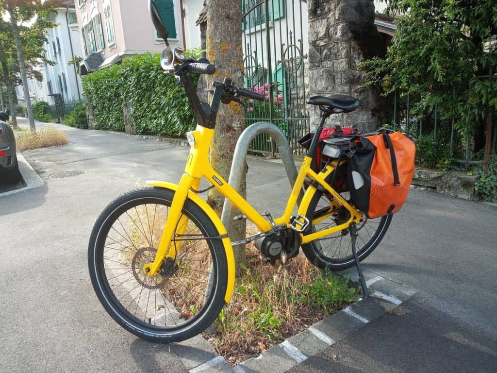 Easy E-Biking - city e-bike parked, helping to make electric biking practical and fun
