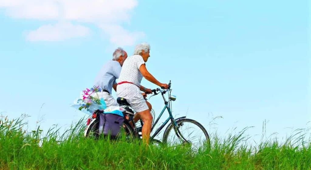 Easy E-Biking - seniors e-cycling, helping to make electric biking practical and fun