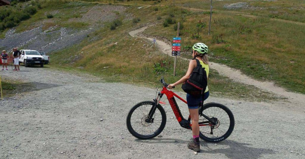 Easy E-Biking - woman riding mountain e-bike , helping to make electric biking practical and fun