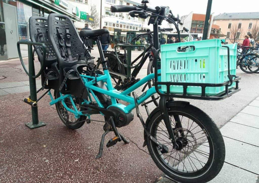 Easy E-Biking - cargo e-bike city parked, helping to make electric biking practical and fun