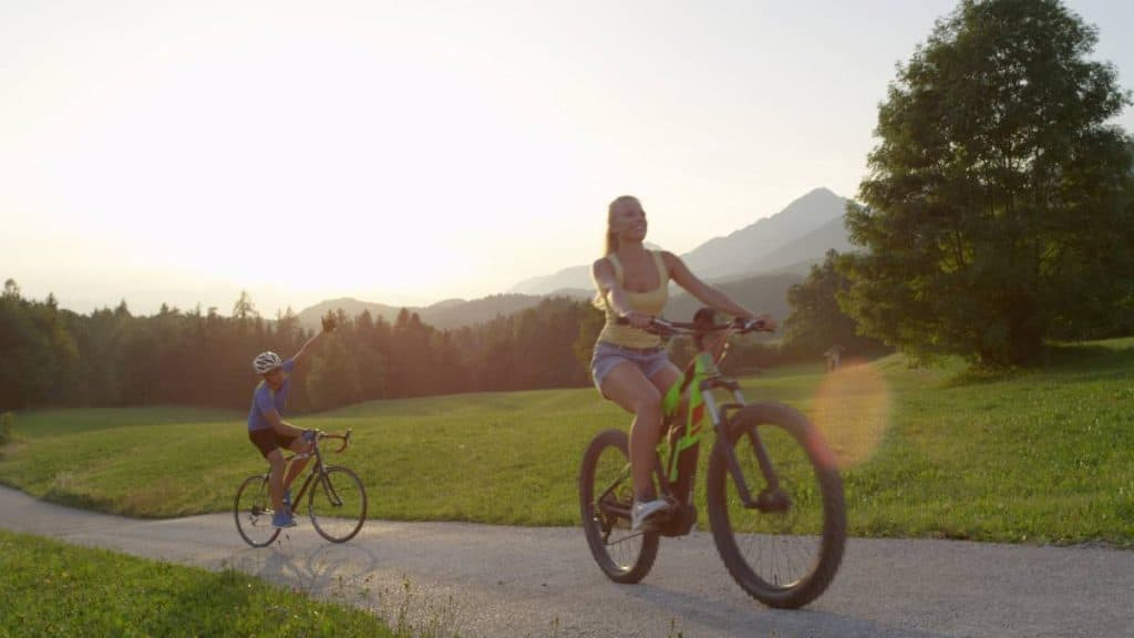 Easy E-Biking - electric bike woman mountains nature, helping to make electric biking practical and fun