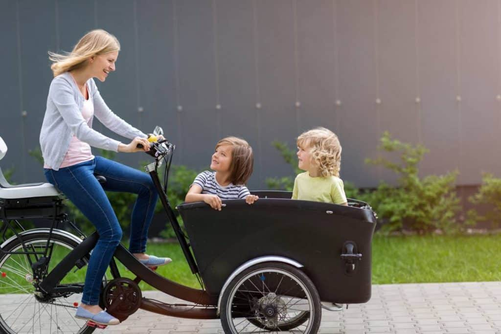 Easy E-Biking - family riding cargo electric bike, helping to make electric biking practical and fun