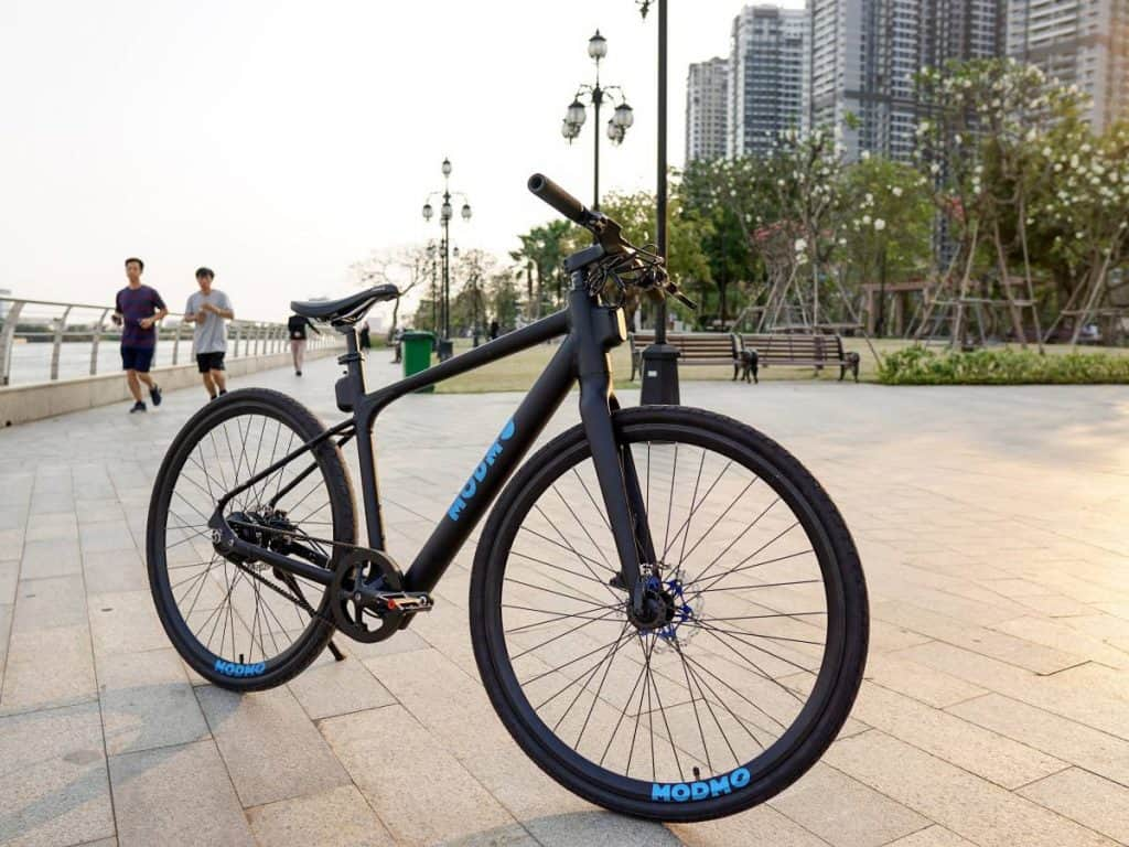 Easy E-Biking - Modmo Saigon city e-bike, helping to make electric biking practical and fun