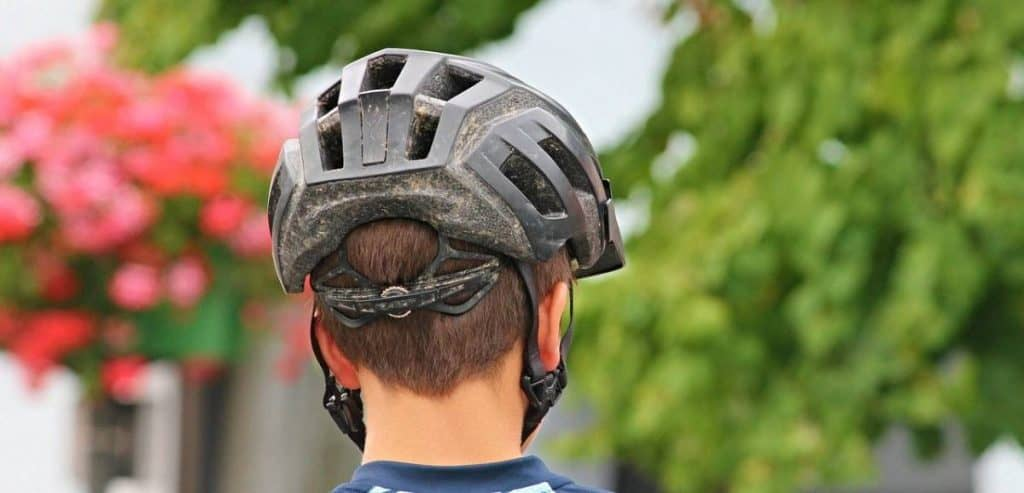Easy E-Biking - cycling helmet, helping to make electric biking practical and fun